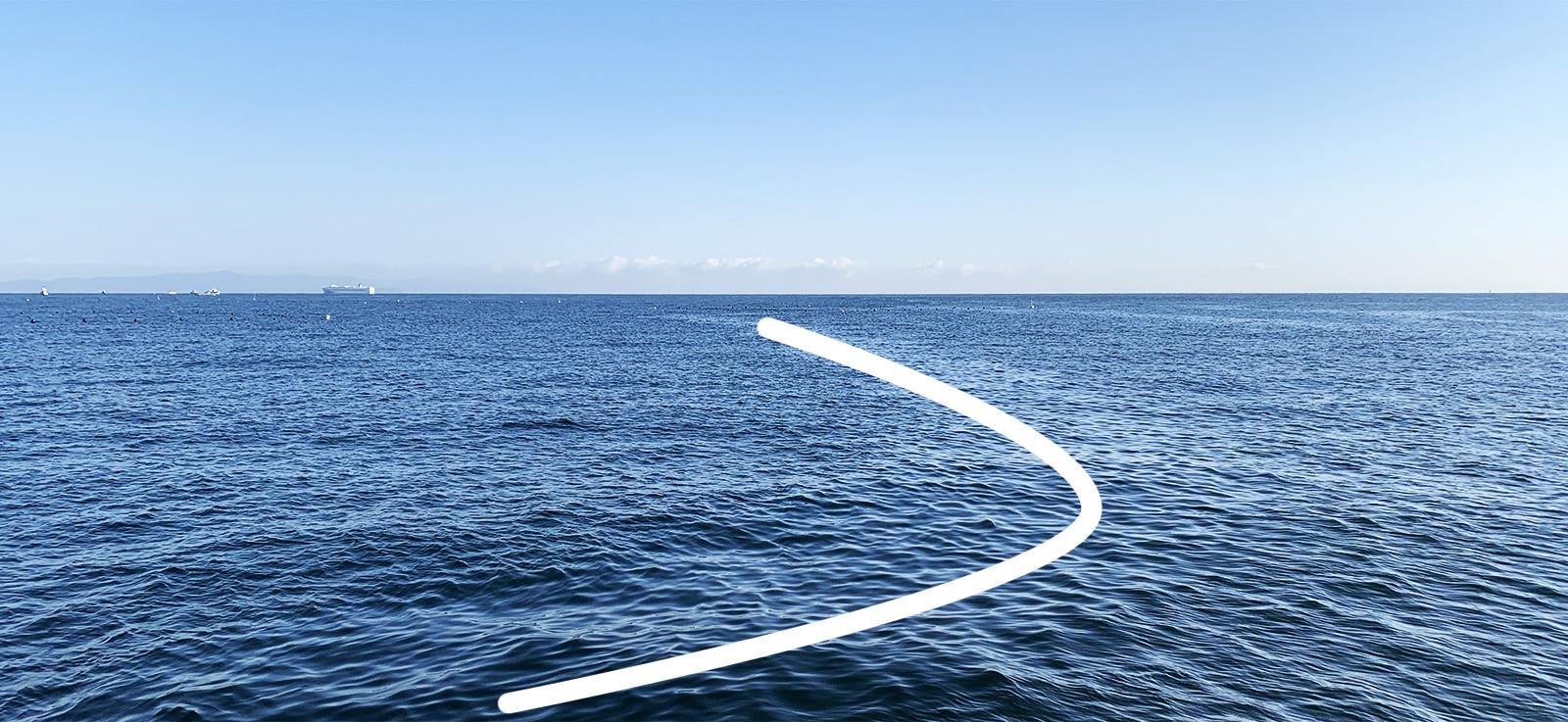 潮目がどこにあるか線でを示した写真