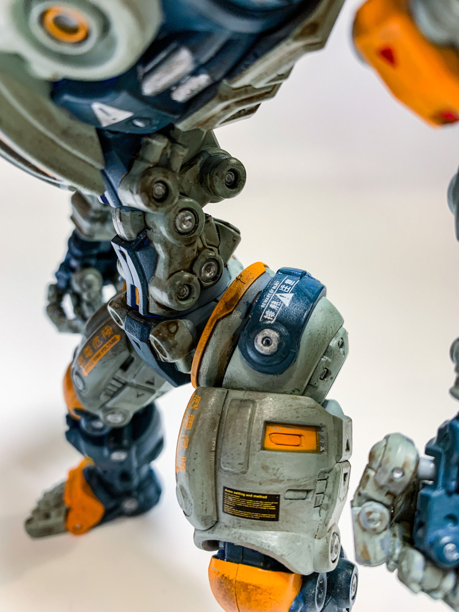 Toynotch astrobots apolloをリペイント