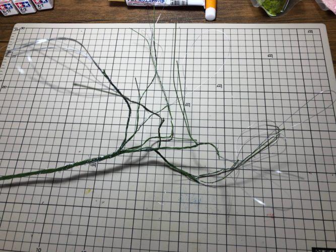 樹木の幹を針金で作成3
