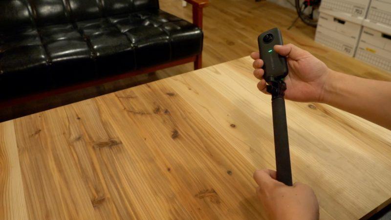 Insta360oneXに自撮り棒をつける