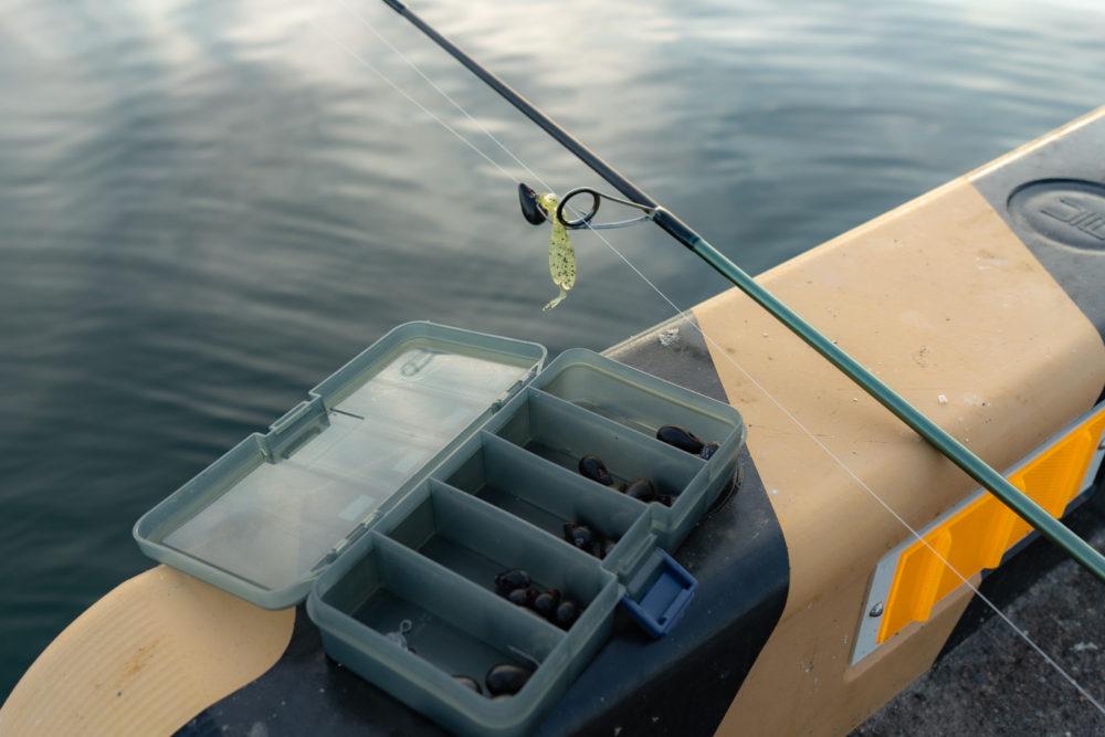 釣り場のタックルとロックフィッシュシンカー